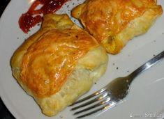 Kurczak w kopertach z ciasta francuskiego - przepis ze Smaker.pl Food And Drink, Meat, Chicken, Recipes, Noel, Recipies, Ripped Recipes, Cooking Recipes, Cubs