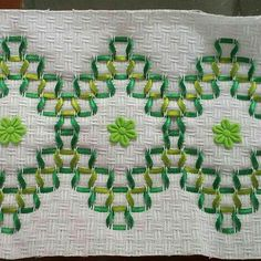 Dish Towel Embroidery, Silk Ribbon Embroidery, Hand Embroidery, Embroidery Stitches Tutorial, Embroidery Patterns, Swedish Weaving Patterns, Swedish Embroidery, Monks Cloth, Cat Cross Stitches