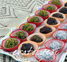 Çikolata Topları (Truf) Mini Cupcakes, Cheesecake, Breakfast, Desserts, Food, Chocolate Candies, Breakfast Cafe, Meal, Cheesecake Pie