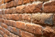 Image from https://pixabay.com/static/uploads/photo/2014/09/14/22/36/wall-of-bricks-445605_640.jpg.
