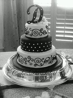 D Cake Black And White