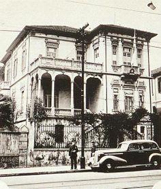 1942 - Avenida Brigadeiro Luiz Antonio. Vemos o casarão com o Consulado do Japão fechado durante o decorrer da Segunda Grande Guerra Mundial.