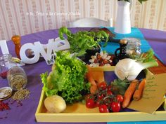 un po' d'amore per sè, per noi e per tutte queste belle verdure fresche e colorate!