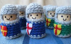 LucyRavenscar - Crochet Creatures: Cork and Crochet: Knights.  Put those corks to good use;)