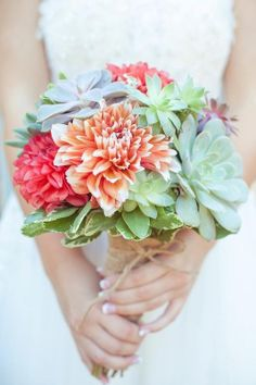Have to share the amazing succulent dahlia bouquet I had at my wedding
