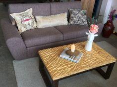 #Tip: Un sofá pequeño es la opción más acertada para la decoración de salas pequeñas modernas, de esta forma podrás optimizar el espacio al máximo.  ********* Contáctanos @athosmuebles Cel y Whatsapp: 350 582 6013  Página web: www.athosmuebles.com ***** #sofa #sala #cojines #ceramica #homedeco #decoraciondehogar #micasa #diseño #decoracion #decor #versatil #moderno #miespacio #mivida #micasa #ColecciónDiseñoOrganico #ColeccionDiseñoOrganico #DiseñoOrganico Couch, Furniture, Home Decor, Shape, Home Decorations, Filing Cabinets, Home Decoration, Toss Pillows, Space