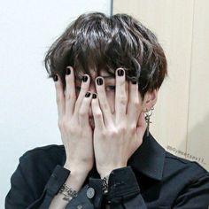 Min Yoongi Bts, Min Suga, Foto Bts, Bts Photo, Pelo Color Menta, Min Yoonji, Bts Concept Photo, Pretty Hands, Yoonmin