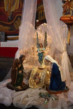Elegant nativity!