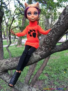 Custom order is available. Choose color you love and get the | Etsy Monster High Doll Clothes, Monster High Dolls, Ever After High, Girls Hand, Custom Dolls, Body Size, Christmas And New Year, Hand Knitting, Barbie