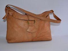 GIGI LEATHER TOTE BAG LIGHT TAN BROWN DISTRESSED DESIGN HANDBAG SHOULDER BAG   eBay #designerhandbag #designerhandbags