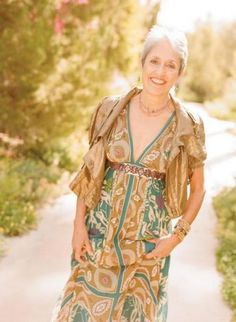 Listen to music from Joan Baez like Diamonds And Rust, The Night They Drove Old Dixie Down & more. Find the latest tracks, albums, and images from Joan Baez. Joan Baez, Folk Music, Aging Gracefully, Gorgeous Hair, Bohemian Style, Rock And Roll, Blues, Beautiful Women, Celebrities