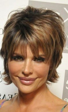 Lisa Rinna Short Hairstyles Back View Stacked Bob - Bing images Short Shag Hairstyles, Short Hairstyles For Women, Cool Hairstyles, Newest Hairstyles, Shaggy Haircuts, Woman Hairstyles, Layered Hairstyles, Protective Hairstyles, Hair Styles For Women Over 50