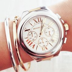 Mixing silver and gold is sooo classic and chic!! #watch