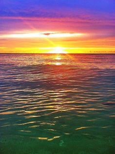 #Ocean #Sunset All Nature, Amazing Nature, Beautiful Sunset, Beautiful World, Beautiful Places, Ocean Sunset, Ocean Waves, Picture Places, Nature Photography
