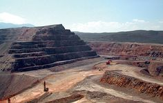 Marigold mine.World's largest gold miners put Nevada mine up for sale