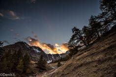 descente depuis le lac bleu Wallis, Mount Everest, Photos, Mountains, Nature, Travel, Cabin, Blue, Pictures