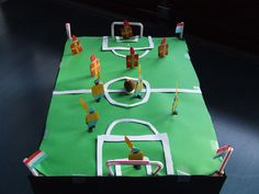 Sinter koalas football or hockey Poker Table, Diy And Crafts, Layout, Om, Google, Piano, Holidays, Tattoo, Sport