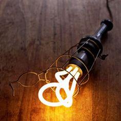 Plumen 001 ライトバルブ