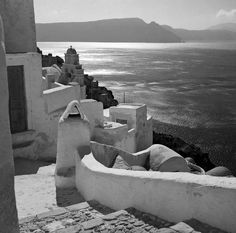 Island of Santorini. Cyclades, circa 1950 photo by Voula Th. Santorini Island, Santorini Greece, Benaki Museum, A Well Traveled Woman, Greek Beauty, Ancient Greece, Greek Islands, Athens, Old Photos