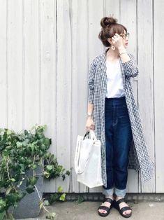 Look Fashion, Fashion Pants, Daily Fashion, Fashion Outfits, Womens Fashion, Japanese Fashion, Korean Fashion, Style Hijab Simple, Hijab Stile
