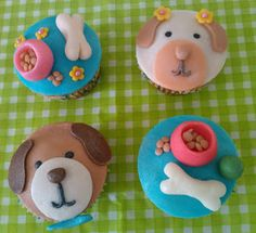 JEHIELY CUPCAKES: CUPCAKES Y PASTEL DE PERRITOS Dog Cupcakes, Donuts, Biscuits, Charms, Birthdays, Anna, Teddy Bear, Kitty, Treats