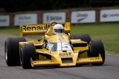 Renault RS01 - Chassis: RS 01/04 - 2011 Goodwood Festival of Speed