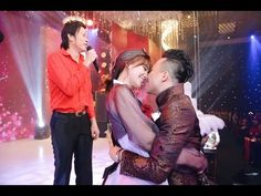 Tin Nhanh - Trấn Thành, Hari nhảy sung cùng Hoài Linh và dàn sao Việt