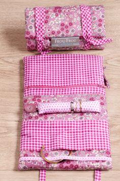 Créez vos accessoires féminins Frou-Frou à l'aide du catalogue Mix and Match