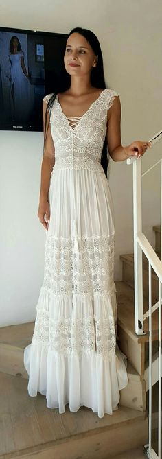 Boho wedding gown. Studio Levana