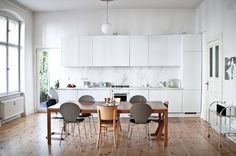 airbnb berlin apartment kitchen