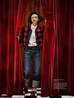 Twin Peaks Elle Sweden/Sverige Model: Celia Becker Photographer: Carl Bengtsson Stylist: Jenny Fredriksson Make-up: Nina Belkhir Hair: Kalle Eklund