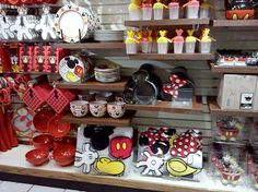 Mickey Mouse Kitchen - I want it all!!!!!