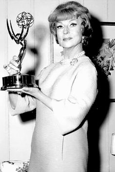 """Agnes holding her Emmy award which she received fifty years ago tonight for her role on """"The Wild, Wild West. Old Hollywood Movies, Hollywood Cinema, Golden Age Of Hollywood, Hollywood Actresses, Classic Hollywood, Actors & Actresses, Agnes Moorehead, Jane Eyre Movie, Bewitched Elizabeth Montgomery"""