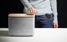 is a minimalist bluetooth speaker design with gesture controls created by Digital Habit(s) that is manufactured in concrete and Fir Harmonic Board. In Wall Speakers, Wireless Speakers, Concrete Cloth, Concrete Casting, Beton Design, Concrete Design, Concrete Projects, Wood Design, Tabletop Accessories