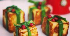 Esses dias eu estava pensando em que carne postar para o menu da ceia de Natal... Se voce clicar na categoria Natal (lado direito do blog), tem receitas de entradas, acompanhamentos e sobremesa... so não tem receita de peru, chester, tender... aí pensei: esse ano eu... #aperitivo #natal #petisco Vol Au Vent, Kids Menu, Food Garnishes, Xmas Food, Salty Foods, Food Humor, Food Presentation, Recipe Collection, Food Inspiration