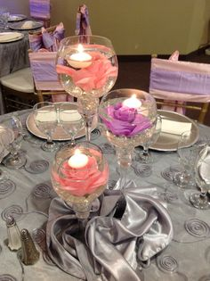 Successful converted wedding centerpiece flowers go to my site Sunflower Wedding Decorations, Wedding Flower Arrangements, Floral Arrangements, Centerpiece Flowers, Card Table Wedding, Wedding Table Centerpieces, Wedding Cards, Gift Wedding, Small Framed Mirrors