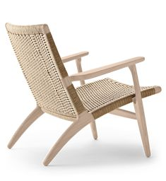 CH25 lounge chair | by Hans J. Wegner | Carl Hansen & Søn Wassily Chair, Low Chair, Outdoor Chairs, Outdoor Furniture, Interior Decorating, Interior Design, Best Interior, Furniture Plans, Lounge