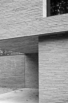 architecture - 46 White Brick Wall Ideas for Your Room Minimal Architecture, Brick Architecture, Amazing Architecture, Contemporary Architecture, Contemporary Apartment, White Brick Walls, Grey Brick, Brick Detail, Villa