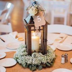 Cute and gorgeous rustic wedding centerpieces (24)