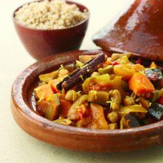 Maar weinig gerechten geven zoveel voldoening als deze geurige Marokkaanse tajine boordevol groenten. Vind het recept hier: www.wpg.be/dagenzondervlees21