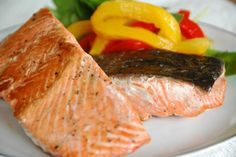 Eating Broiled or Baked Fish Helps the Heart Primal Recipes, Gf Recipes, Seafood Recipes, Cooking Recipes, Healthy Recipes, Cooking Tips, Sustainable Seafood, How To Cook Fish, Pescatarian Recipes