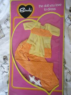 PEDIGREE 1974 SINDY UNOPENED S227 CASUAL DAY ORANGE OUTFIT IN ORIGINAL PACKAGING 60+3