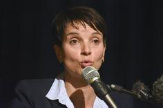 In diesem Video vergleicht Frauke Petry Migranten mit Kompost  Und weitere menschenverachtende Sätze, die AfD-Politiker auf einer Veranstaltung in Stuttgart von sich gaben.