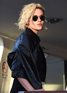 Confident Kristen Stewart plays for the cameras at Cannes photo call for Personal Shopper in gold Chanel and parties with Alicia Cargile|Lainey Gossip Entertainment Update