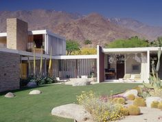 Restoration : Kaufmann House, Palm Springs CA | Architect : Richard Neutra (1946) | Restoration : Marmol Radziner Architecture