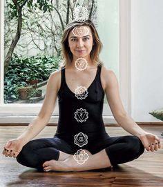 Praticante de ioga há 21 anos, Márcia Carini, editora do portal Casa.com.br, da Editora Abril, recorre a posturas específicas quando está mais cansada ou sentindo necessidadede alongar.