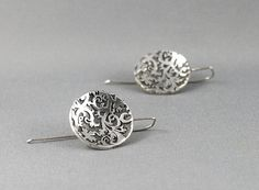 Nature inspired earrings. Jewelry made in Canada. Classic simple silver earrings. Gift for her. https://www.etsy.com/ca/listing/201457392/nature-inspired-earrings-jewelry-made-in?ref=shop_home_active_5&utm_content=bufferdeacb&utm_medium=social&utm_source=twitter.com&utm_campaign=buffer