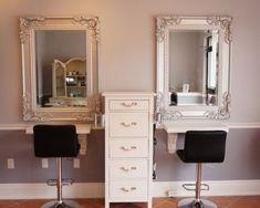 salão de beleza pequeno decorado espelho veneziano