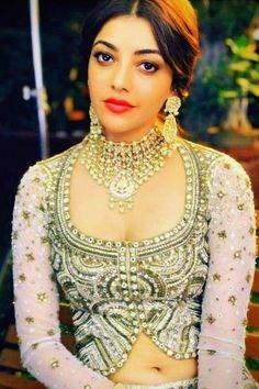 Kajal Agarwal Kajal, Indian Fashion Trends, Saree Navel, Sexy Blouse, Indian Film Actress, India Beauty, Indian Girls, Indian Dresses, Designer Wear