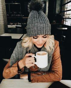10 Essential Winter Accessories Any Fashionista Needs - Winter Mode Outfits, Winter Fashion Outfits, Look Fashion, Autumn Winter Fashion, Fall Outfits, Womens Fashion, Fashion 2016, Outfits Otoño, Fall Fashion